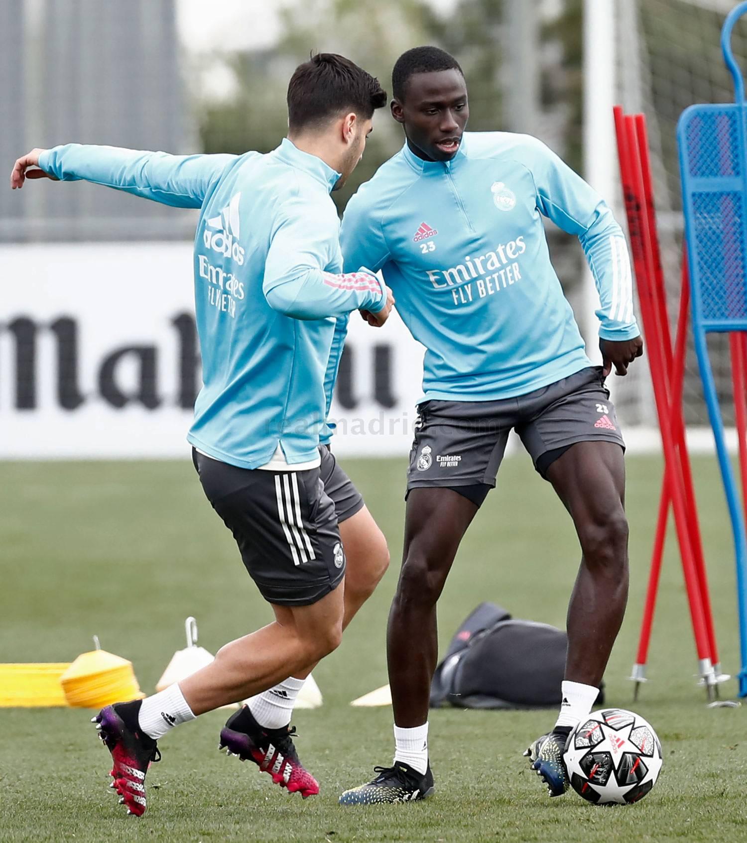 Entrenamiento del Real Madrid  - 17-05-2021