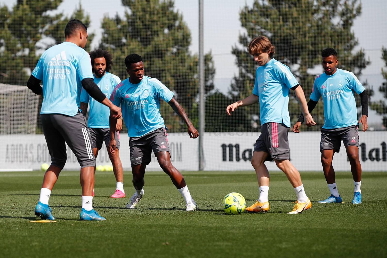 Entrenamiento del Real Madrid  - 17-06-2021