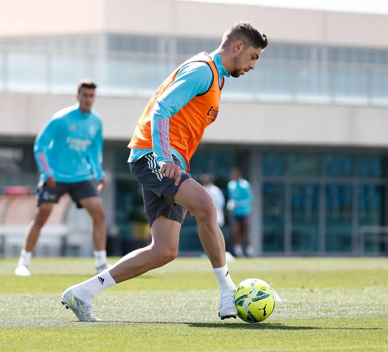 Entrenamiento del Real Madrid  - 19-06-2021