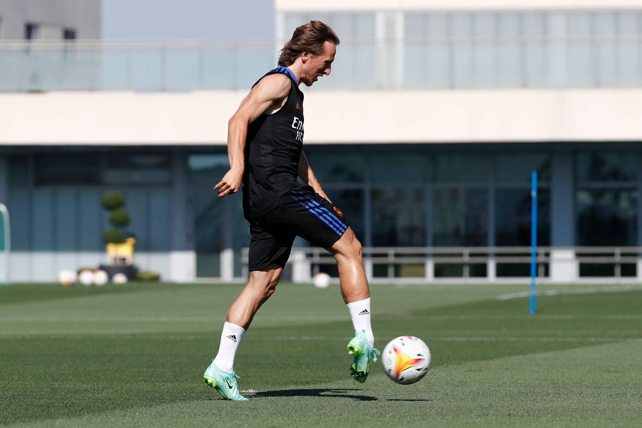 Entrenamiento del Real Madrid  - 28-09-2021