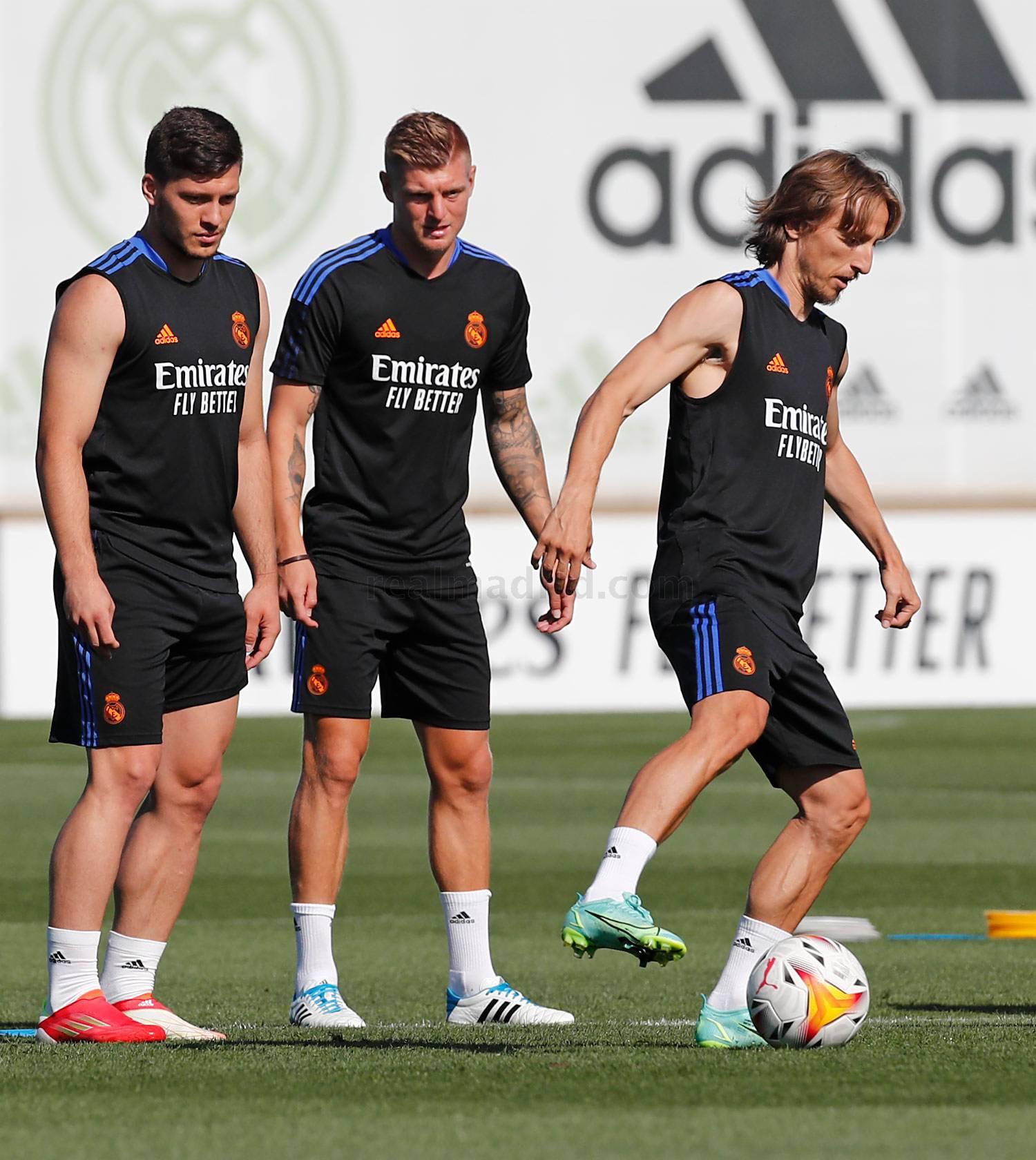 Entrenamiento del Real Madrid  - 17-09-2021