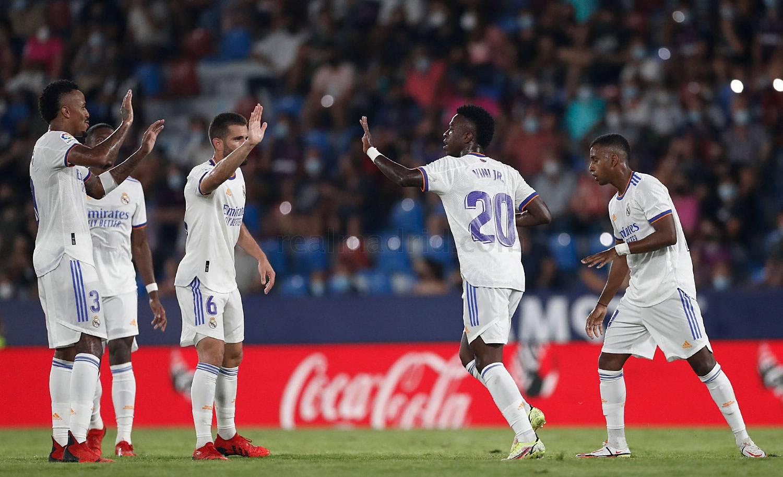 Levante - Real Madrid - 25-09-2021