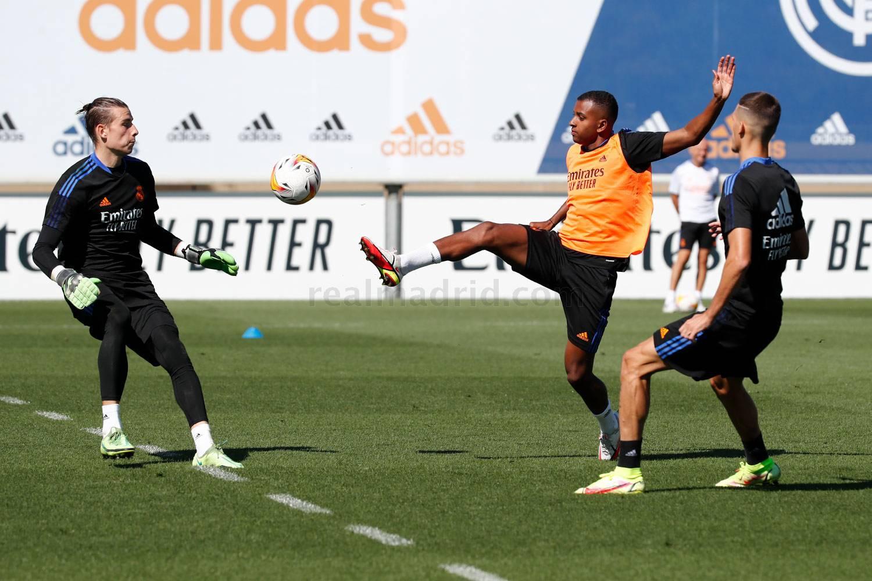 Entrenamiento del Real Madrid  - 21-10-2021
