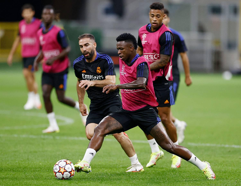 Entrenamiento del Real Madrid en Milán - 24-09-2021