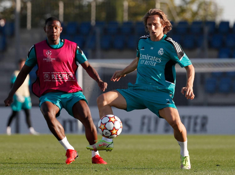 Entrenamiento del Real Madrid  - 25-10-2021