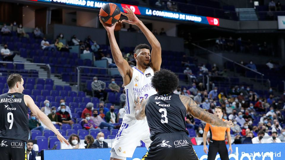 Video: 86-77: Real Madrid's fourth league win on the bounce