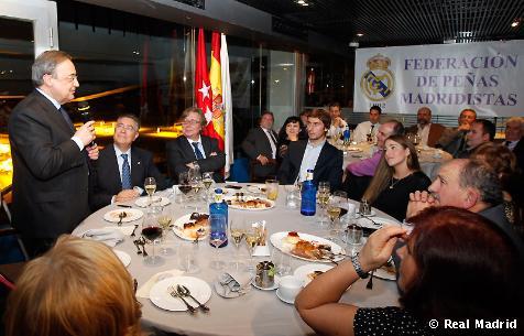 ფლორენტინო პერესი Peñas Madridistas-ს საშობაო ვახშამს დაესწრო