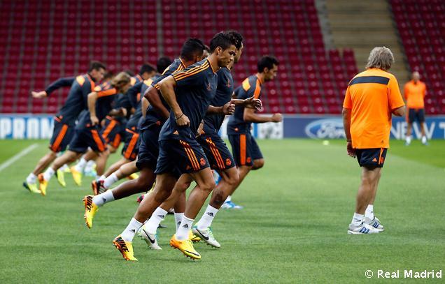 Ali Sami Yen stadionida mashg'ulotlar olib borildi