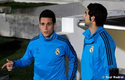 وأهداف مباراة الفرنسي الاسباني ابطال اوروبا الاربعاء 2/11/2011
