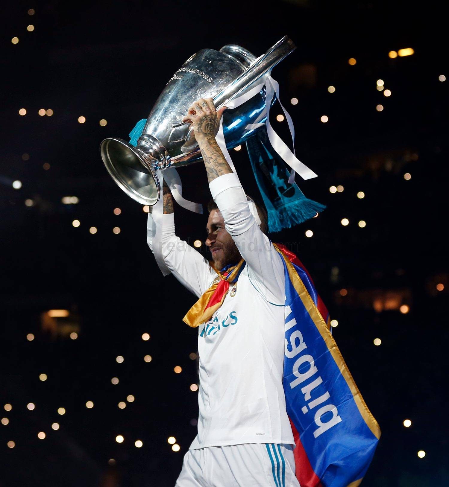 CHAMPIONS LEAGUE FINAL  REAL MADRID  LIVERPOOL, LA 13 - Página 10 _1rm0957