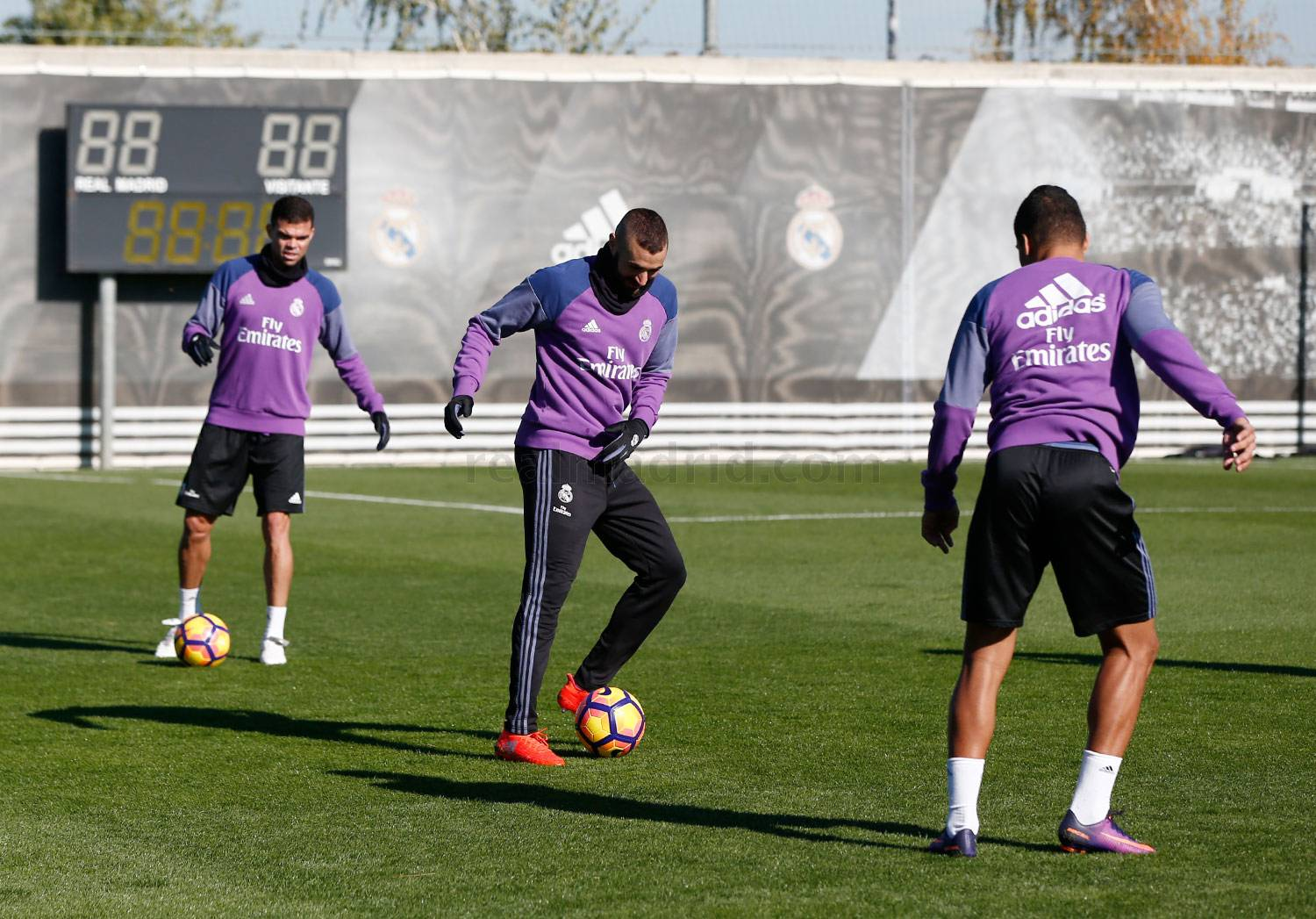Real Madrid - Entrenamiento del Real Madrid - 11-11-2016