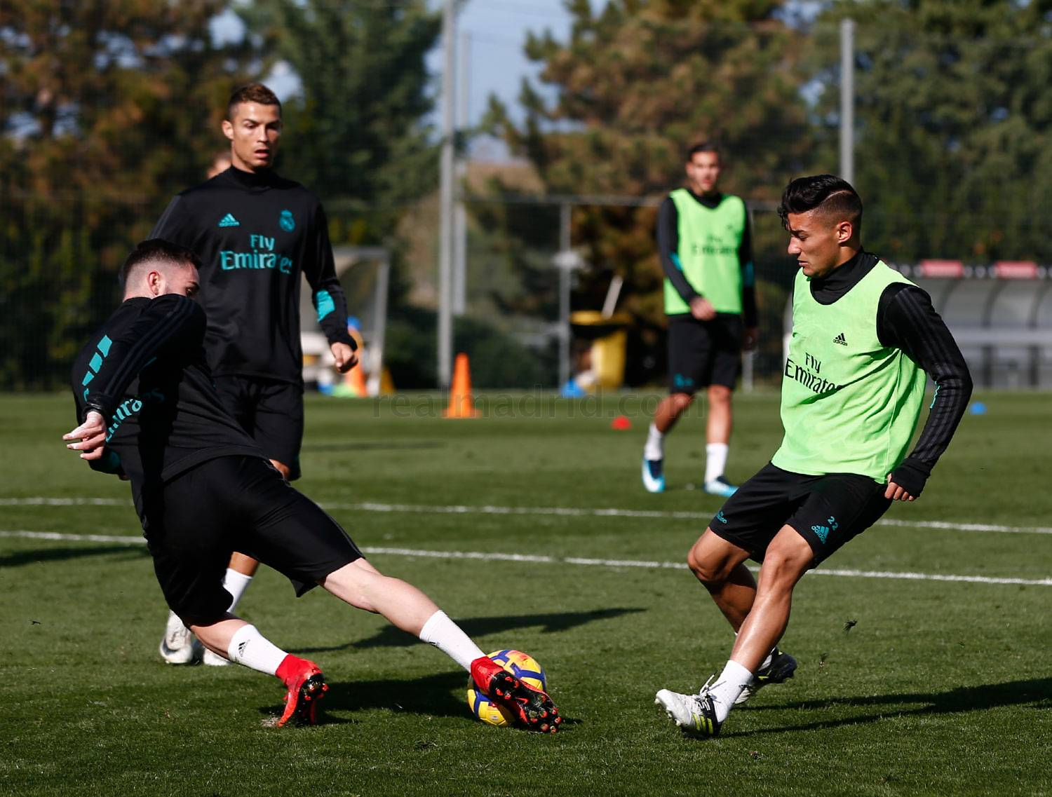 Real Madrid - Entrenamiento del Real Madrid - 09-11-2017