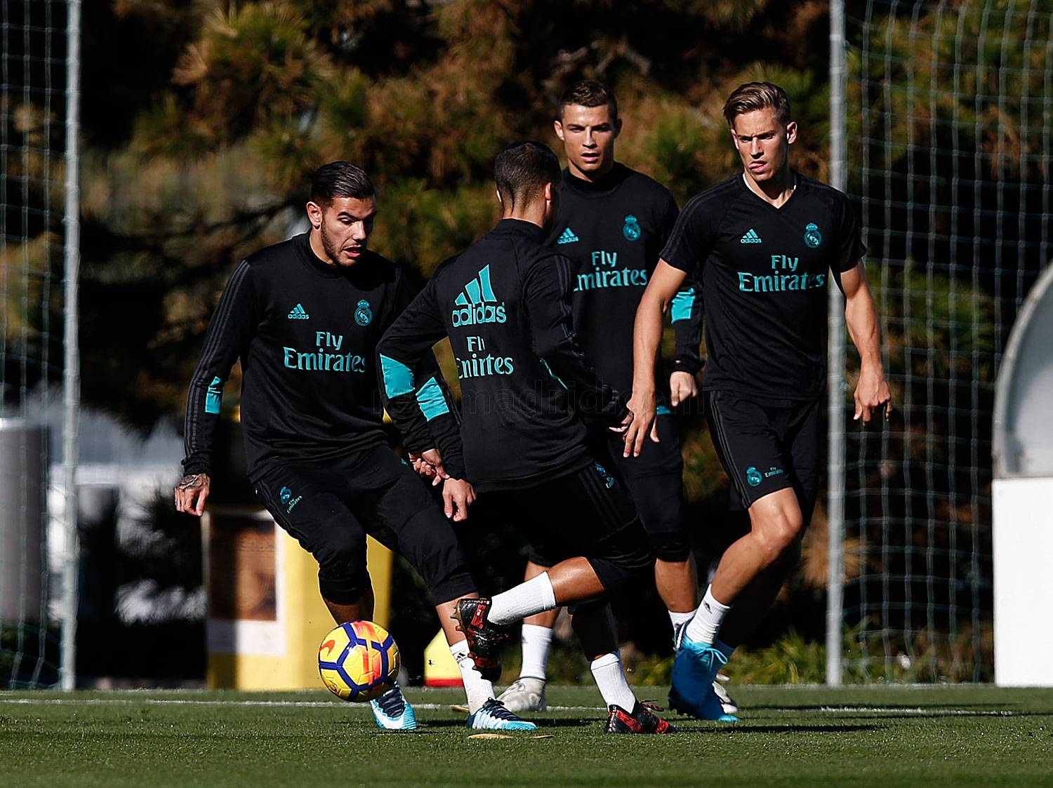 Real Madrid - Entrenamiento del Real Madrid - 10-11-2017