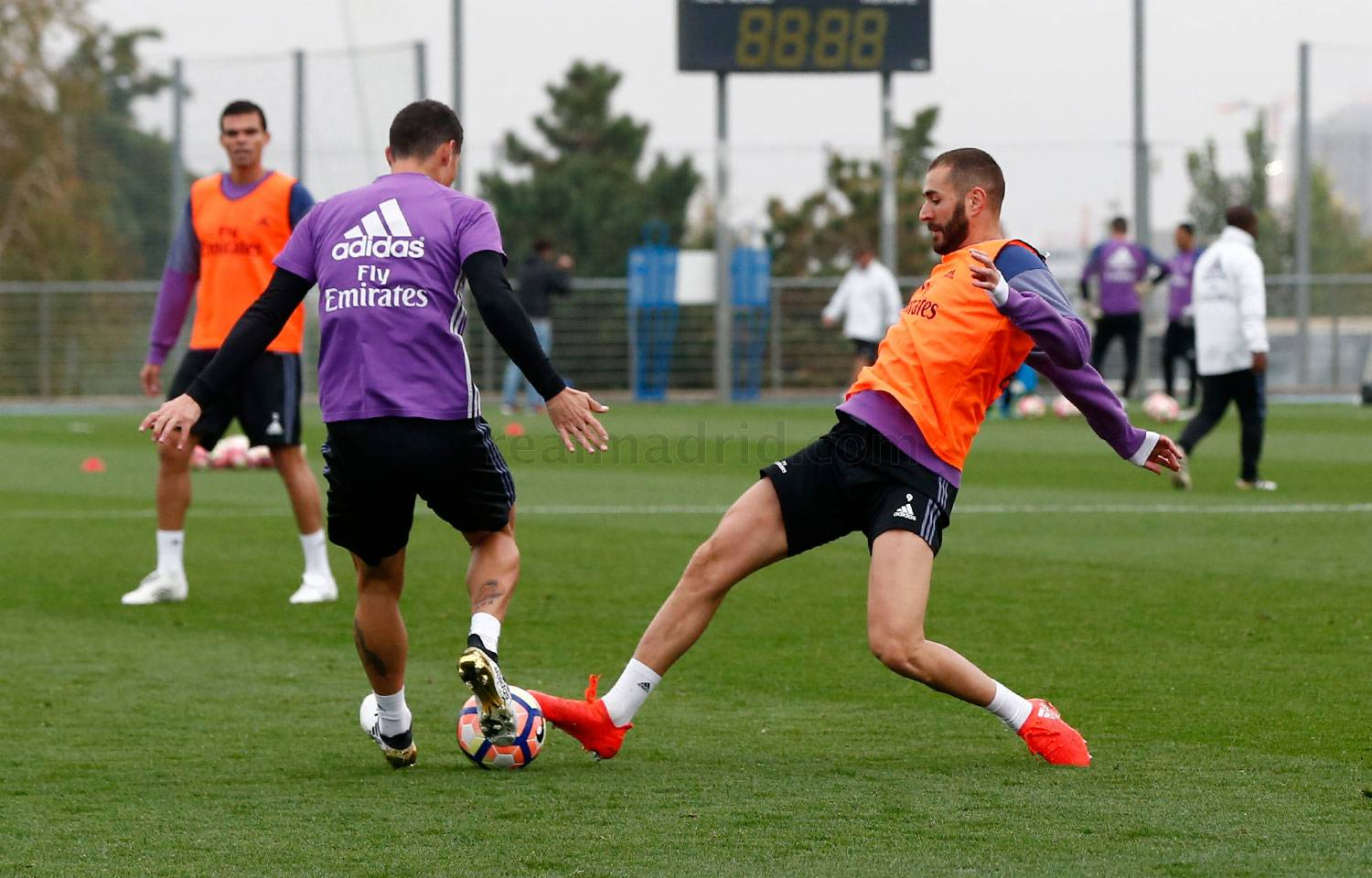 Real Madrid - Entrenamiento del Real Madrid - 21-10-2016