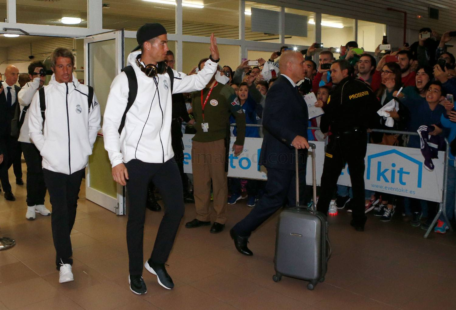 Llegada del Real Madrid a Vitoria