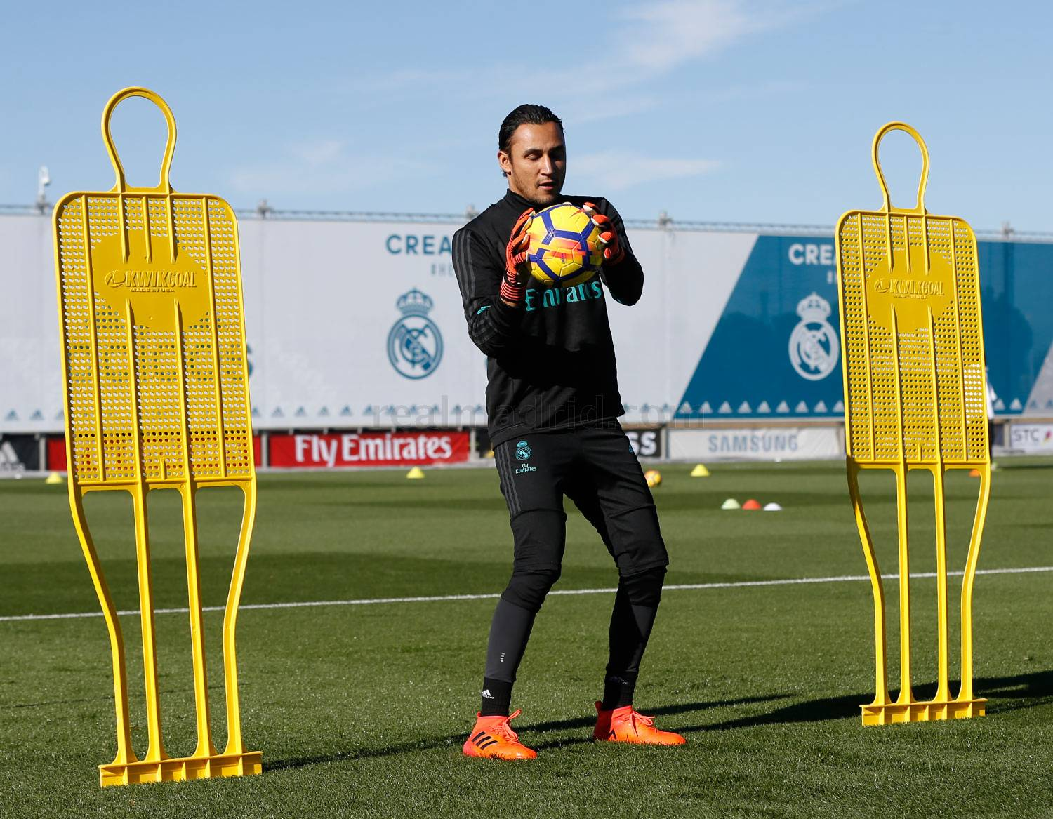 Real Madrid - Entrenamiento del Real Madrid - 16-11-2017