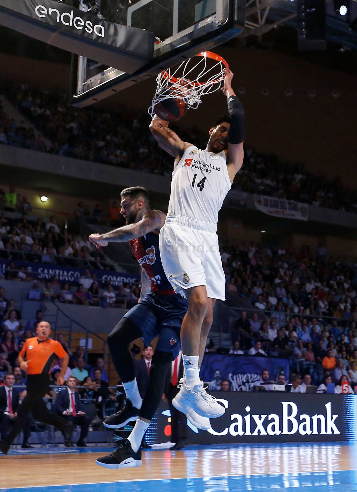 Real Madrid - Real Madrid - KIROLBET Baskonia - 22-09-2018