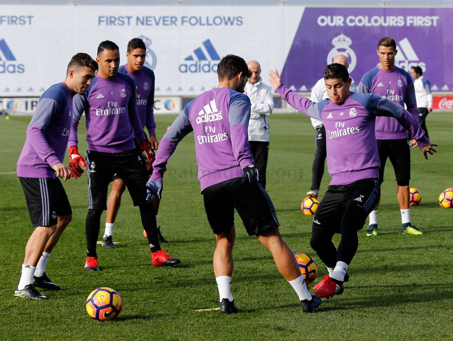 Real Madrid - Entrenamiento del Real Madrid - 02-12-2016