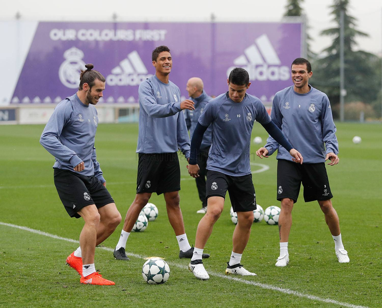Real Madrid - Entrenamiento del Real Madrid - 17-10-2016