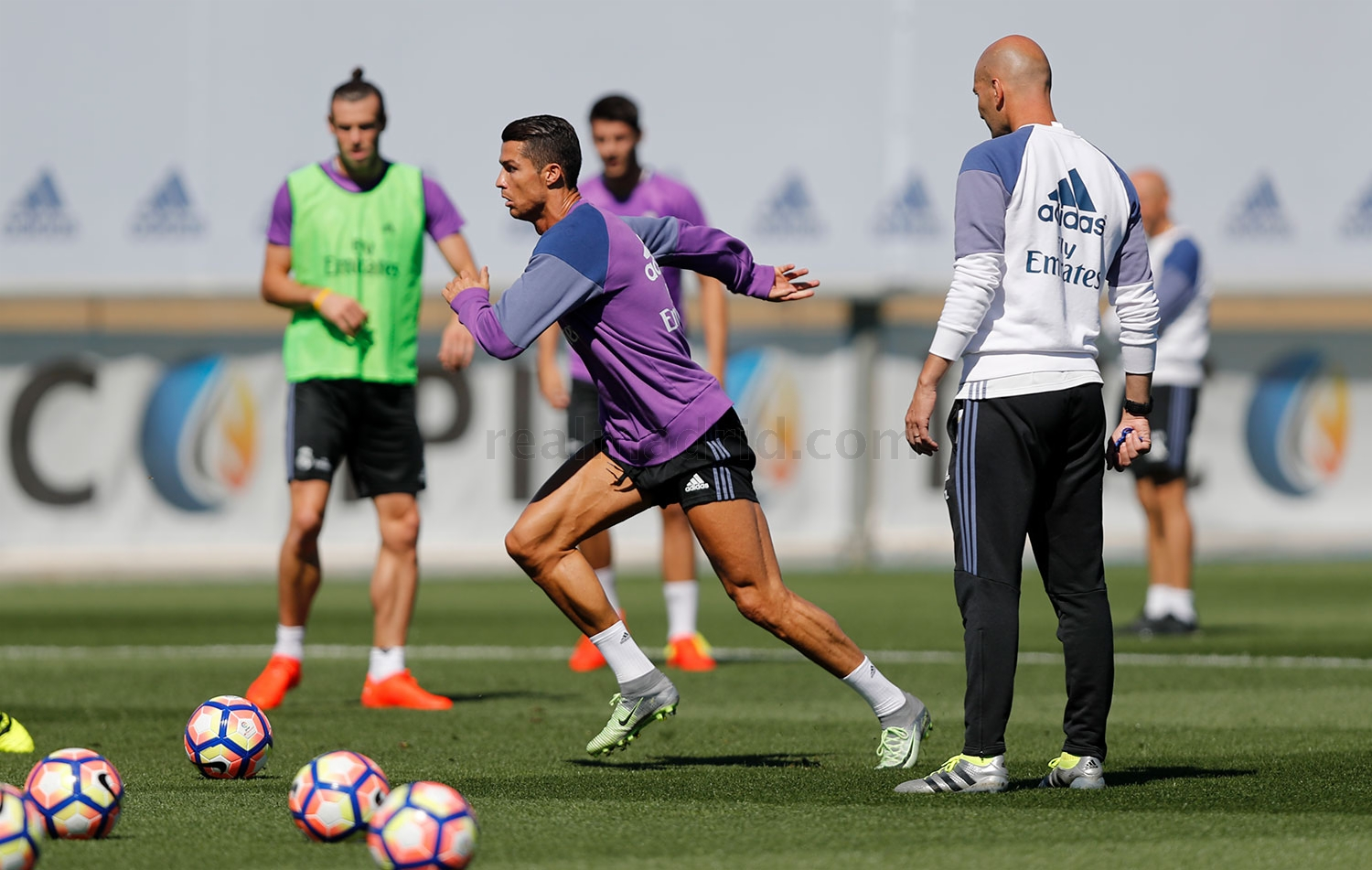 Real Madrid - Entrenamiento del Real Madrid - 19-09-2016