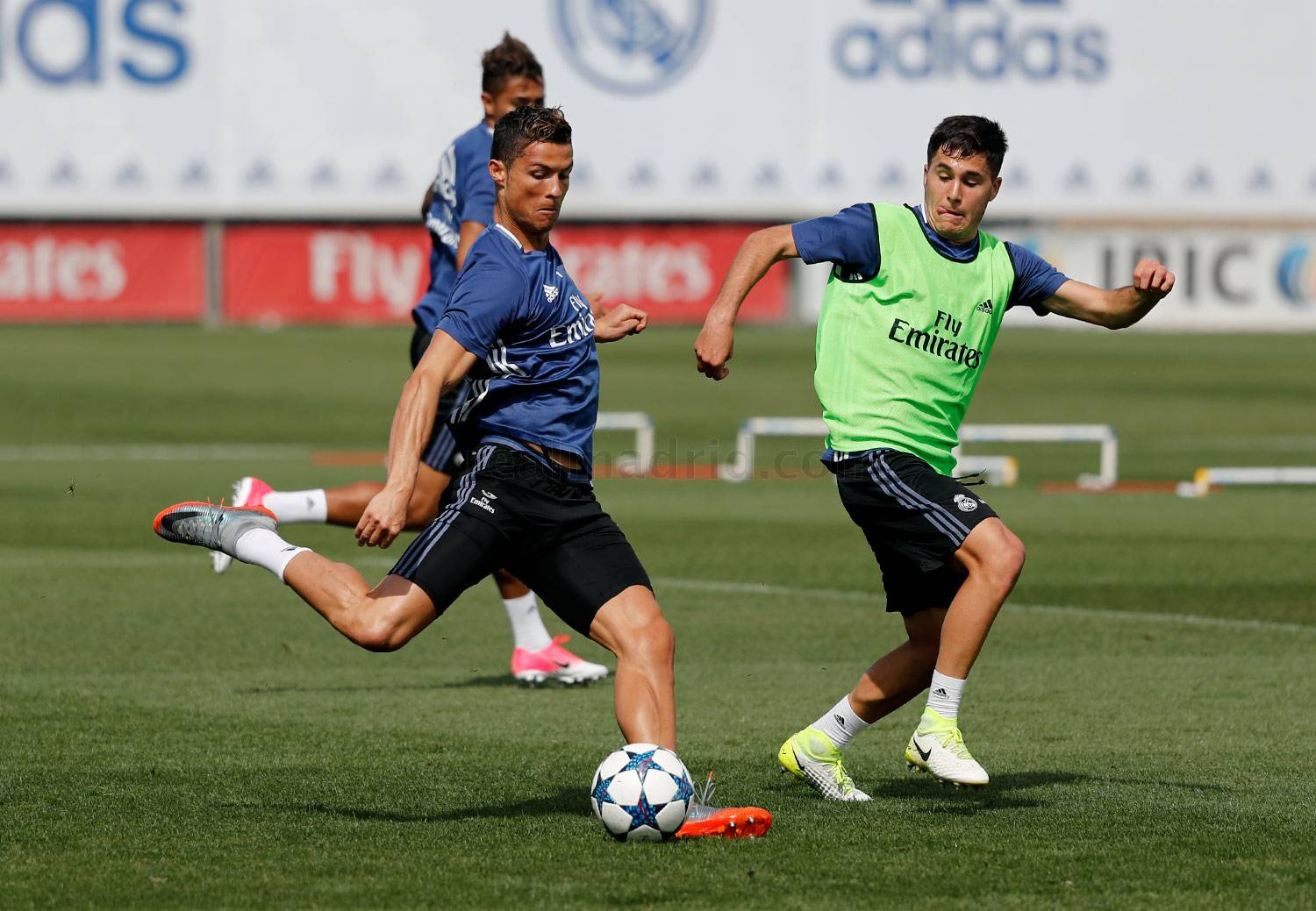 Real Madrid - Entrenamiento del Real Madrid - 16-04-2017