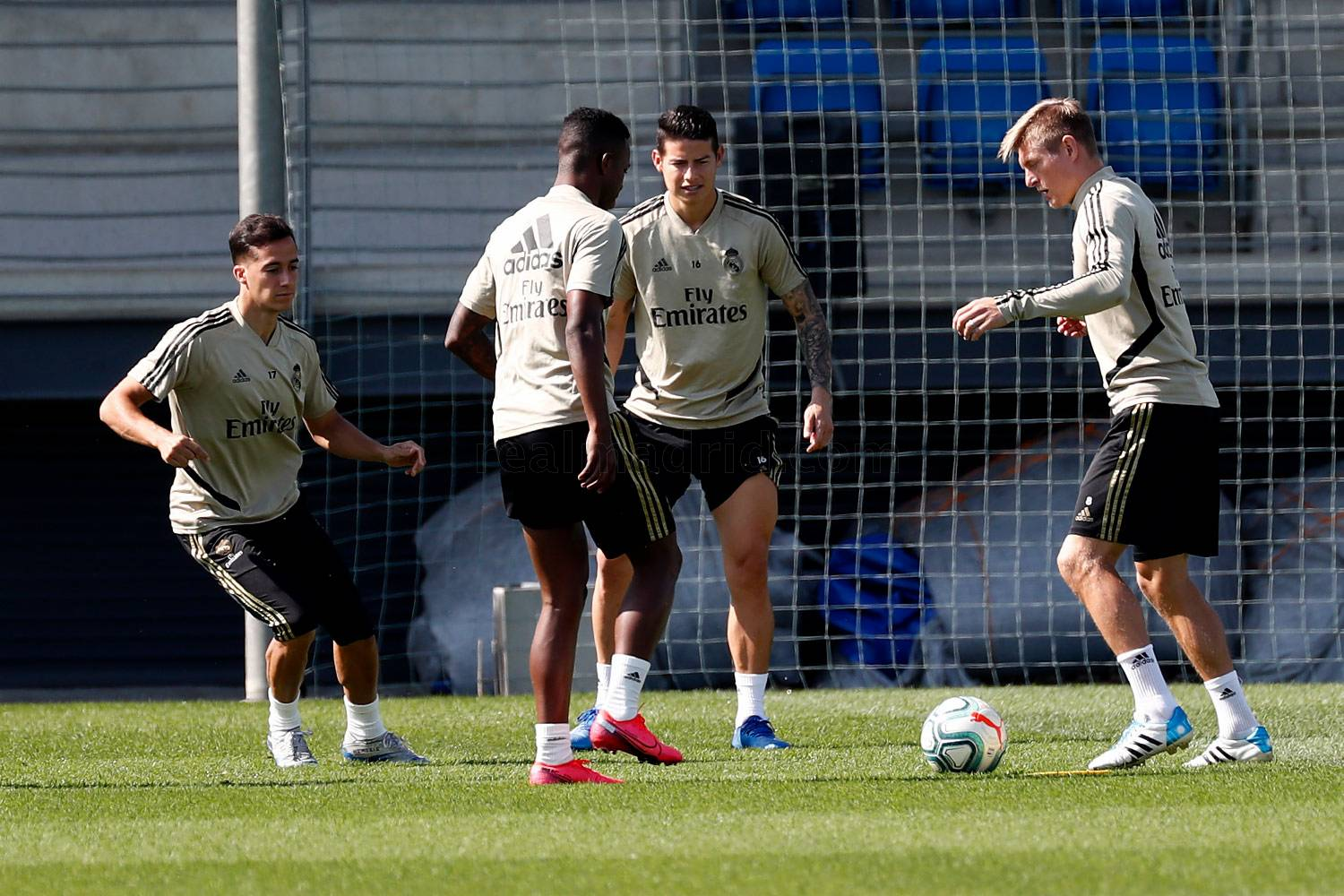 Real Madrid - Entrenamiento del Real Madrid  - 23-05-2020
