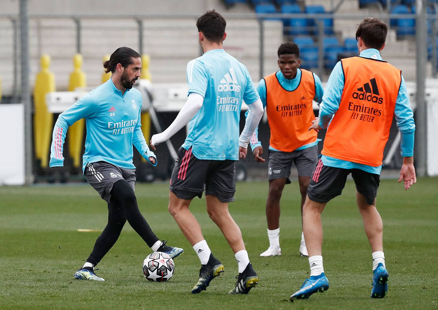 Real Madrid - Entrenamiento del Real Madrid  - 21-02-2021