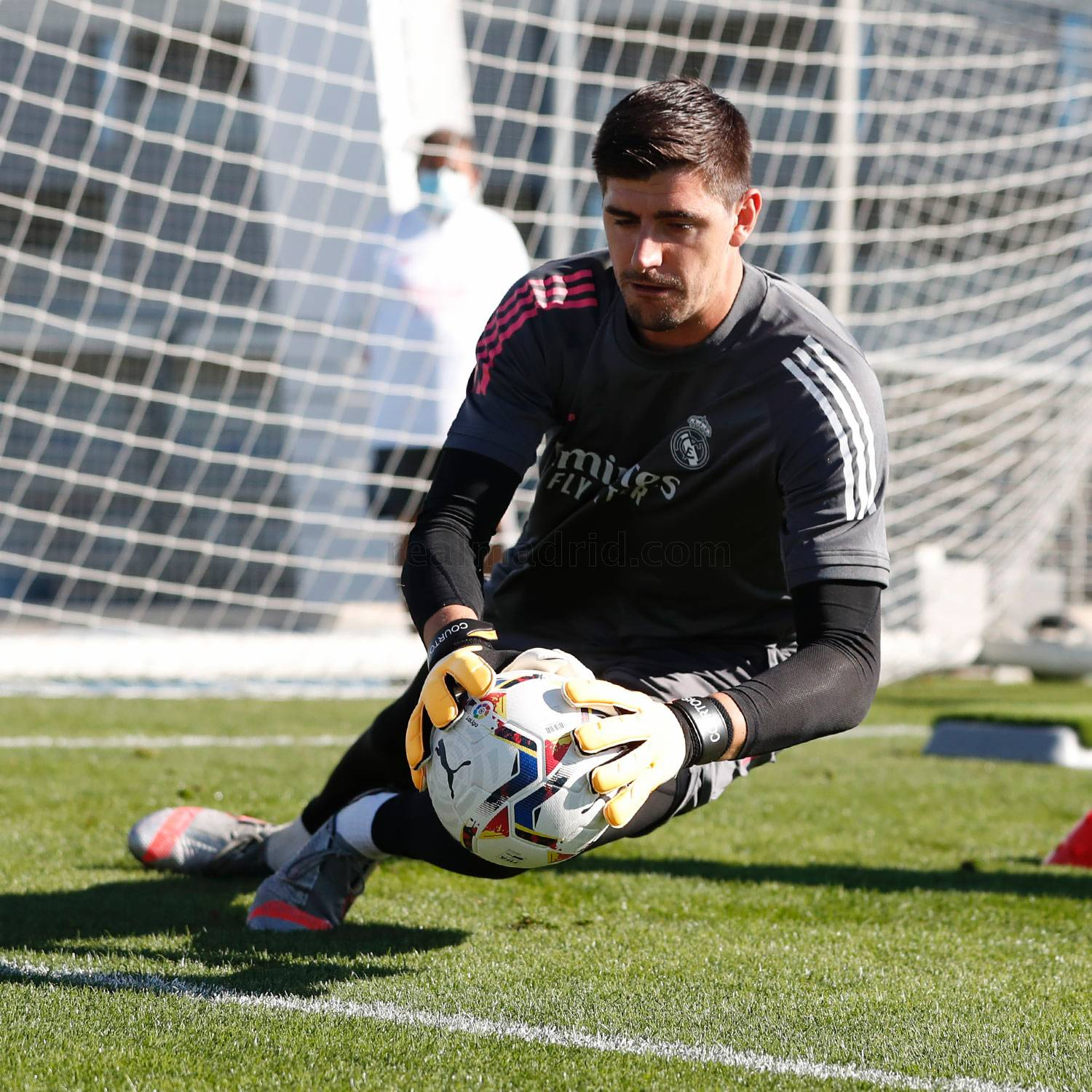 Real Madrid - Entrenamiento del Real Madrid  - 16-10-2020