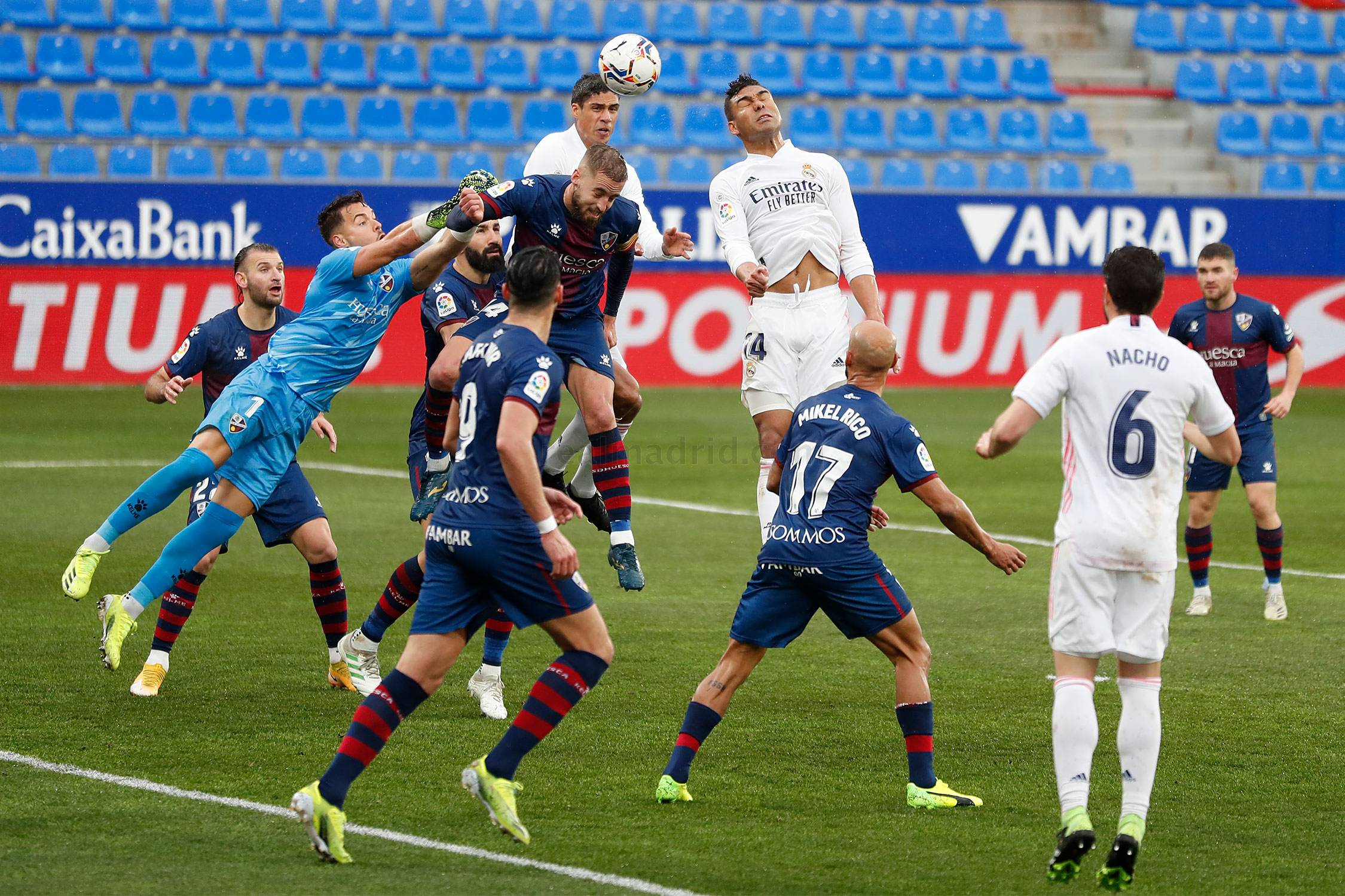Real Madrid - Huesca - Real Madrid - 06-02-2021