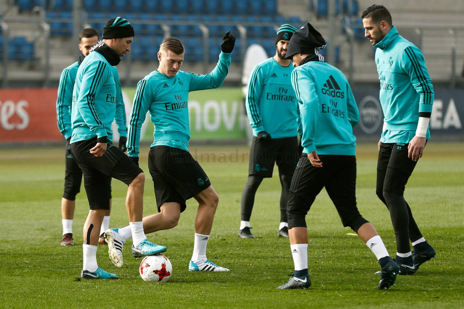 Real Madrid - Entrenamiento del Real Madrid en el estadio Santiago Bernabéu - 03-01-2018