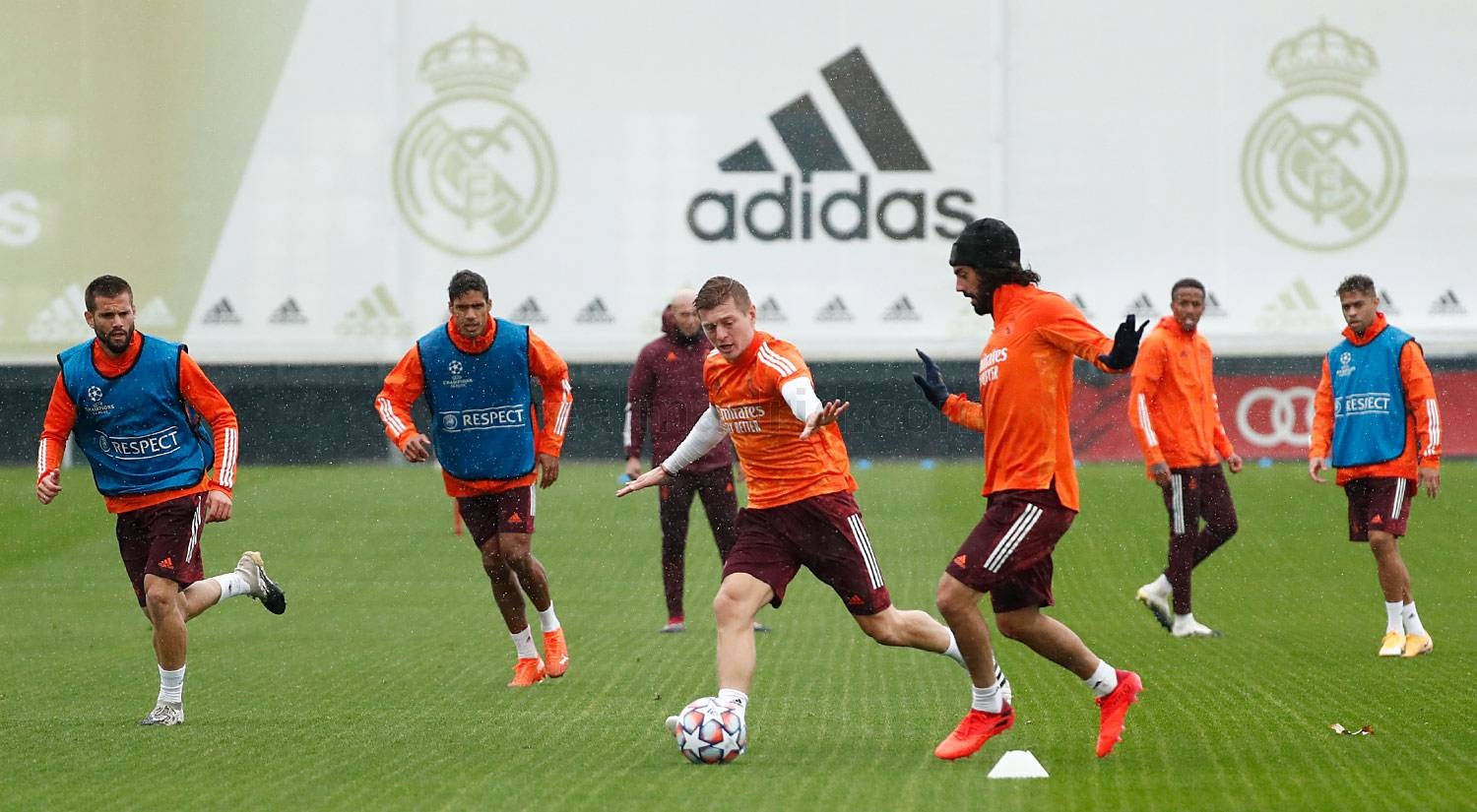 Real Madrid - Entrenamiento del Real Madrid  - 20-10-2020