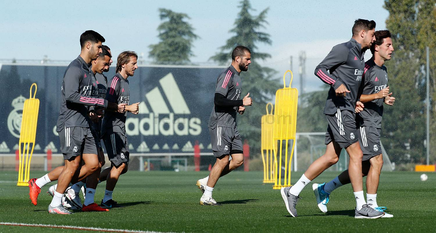 Real Madrid - Entrenamiento del Real Madrid  - 01-10-2020
