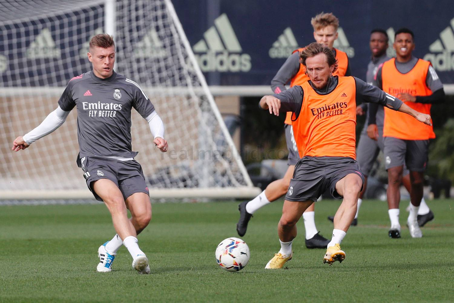 Real Madrid - Entrenamiento del Real Madrid  - 06-11-2020