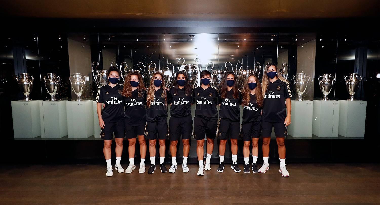 Real Madrid - Las jugadoras del Real Madrid visitan el Tour Bernabéu - 20-07-2020