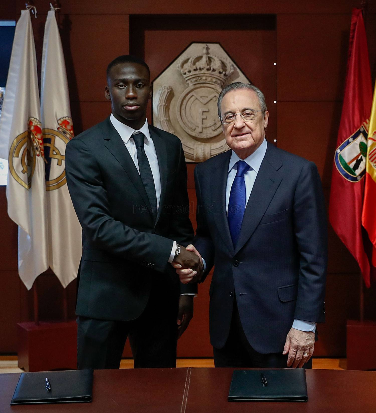 ¿Cuánto mide Ferland Mendy? - Real height _he19320_20190619013555