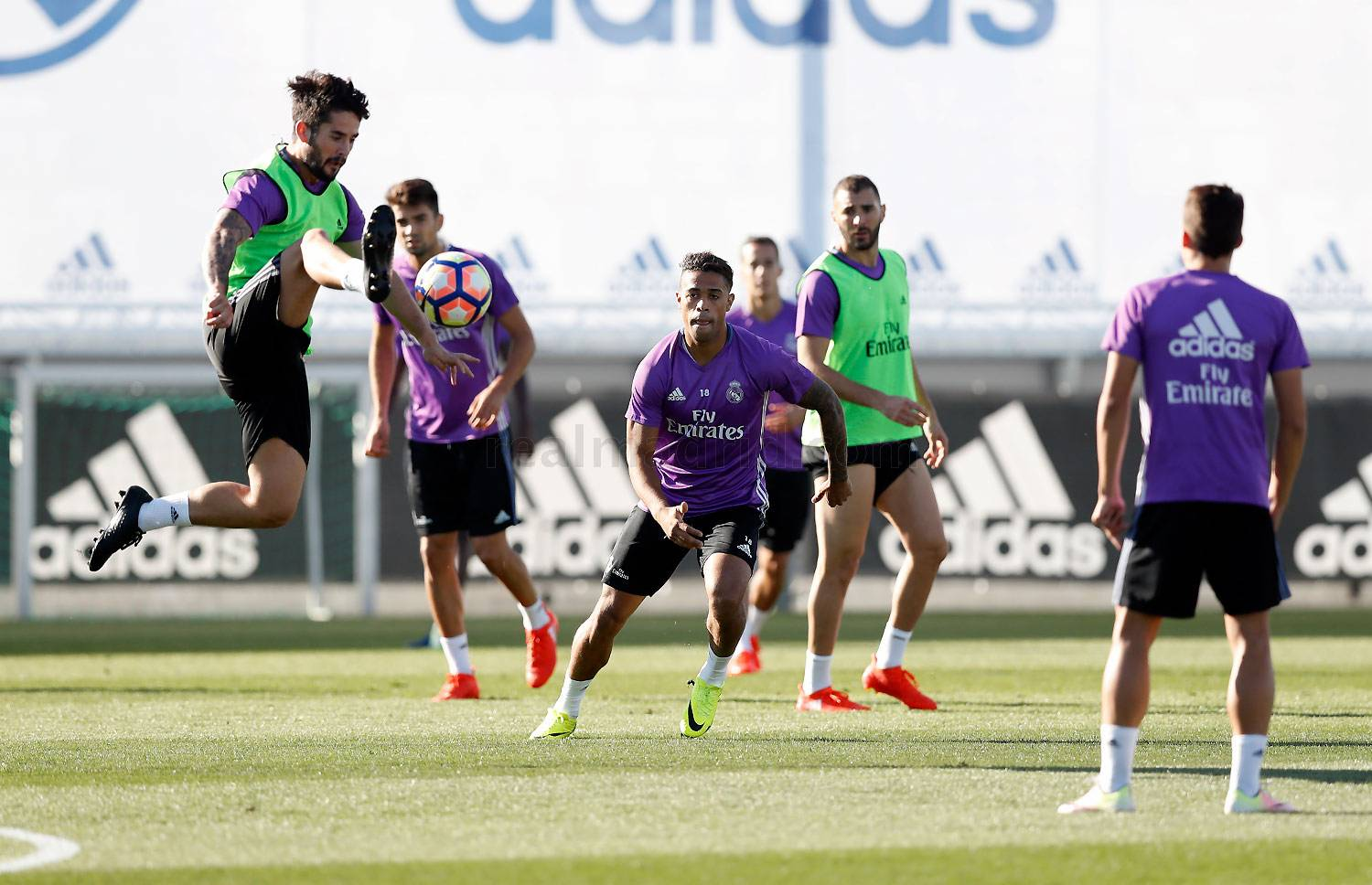 Real Madrid - Entrenamiento del Real Madrid - 11-10-2016