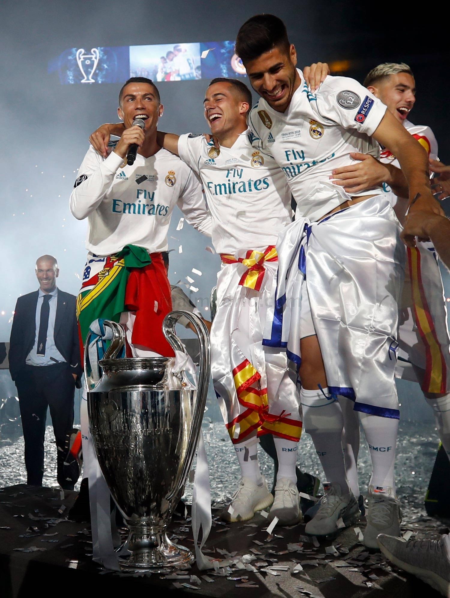 CHAMPIONS LEAGUE FINAL  REAL MADRID  LIVERPOOL, LA 13 - Página 10 _he22685