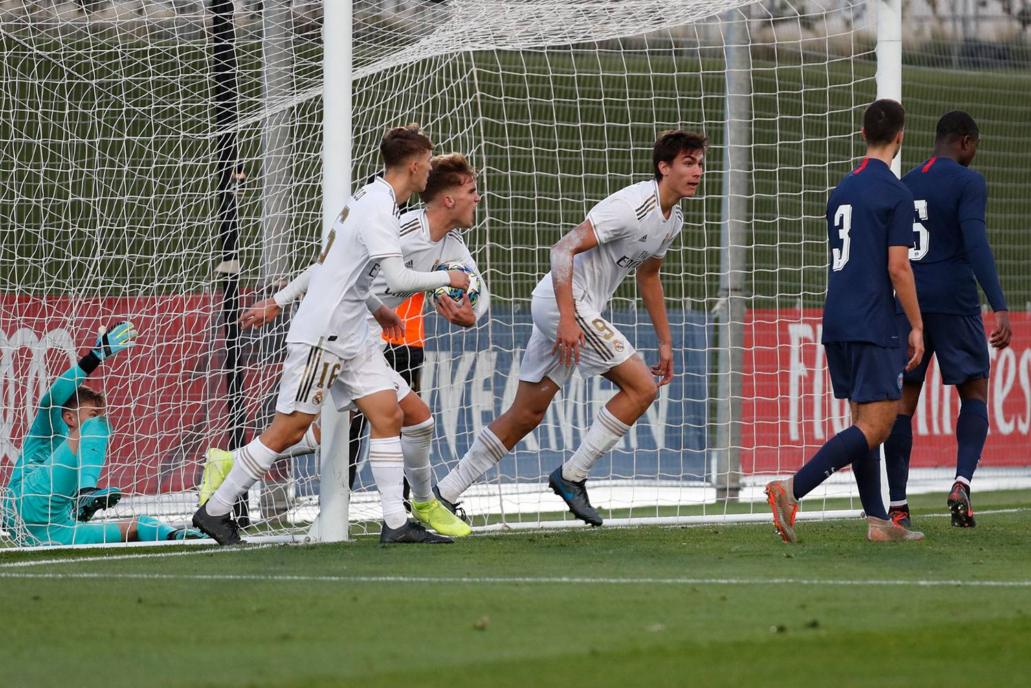 Real Madrid - Juvenil A - PSG - 26-11-2019