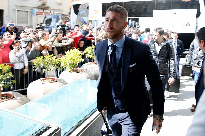 """Real Madrid"" allaqachon Turinda (foto + video)"