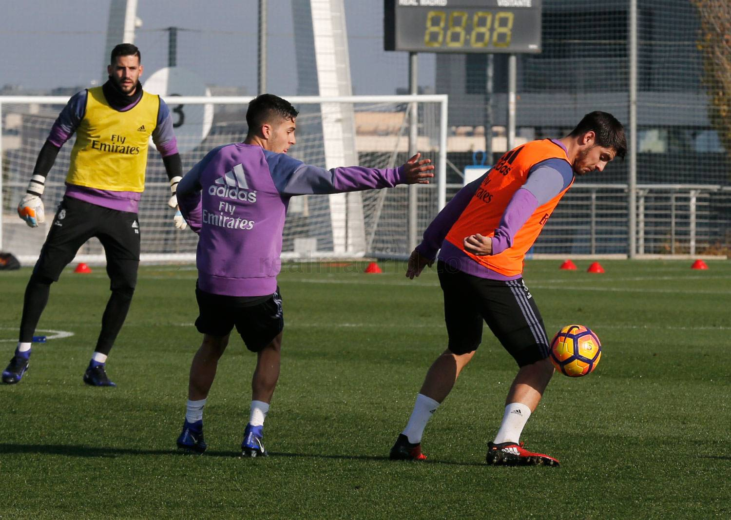 Real Madrid - Entrenamiento del Real Madrid - 08-12-2016