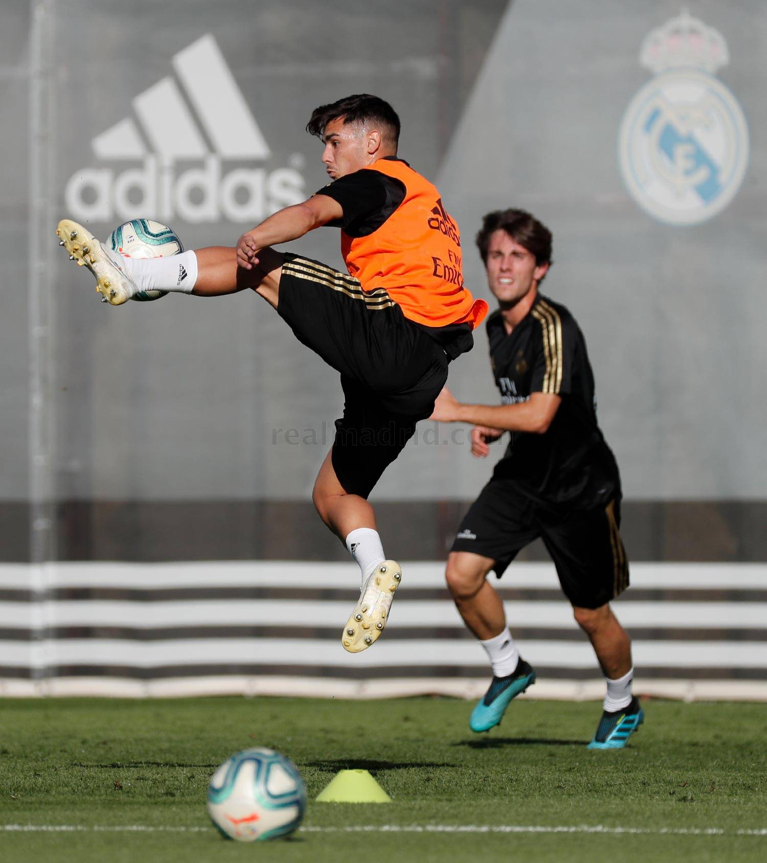 Real Madrid - Entrenamiento del Real Madrid  - 08-10-2019