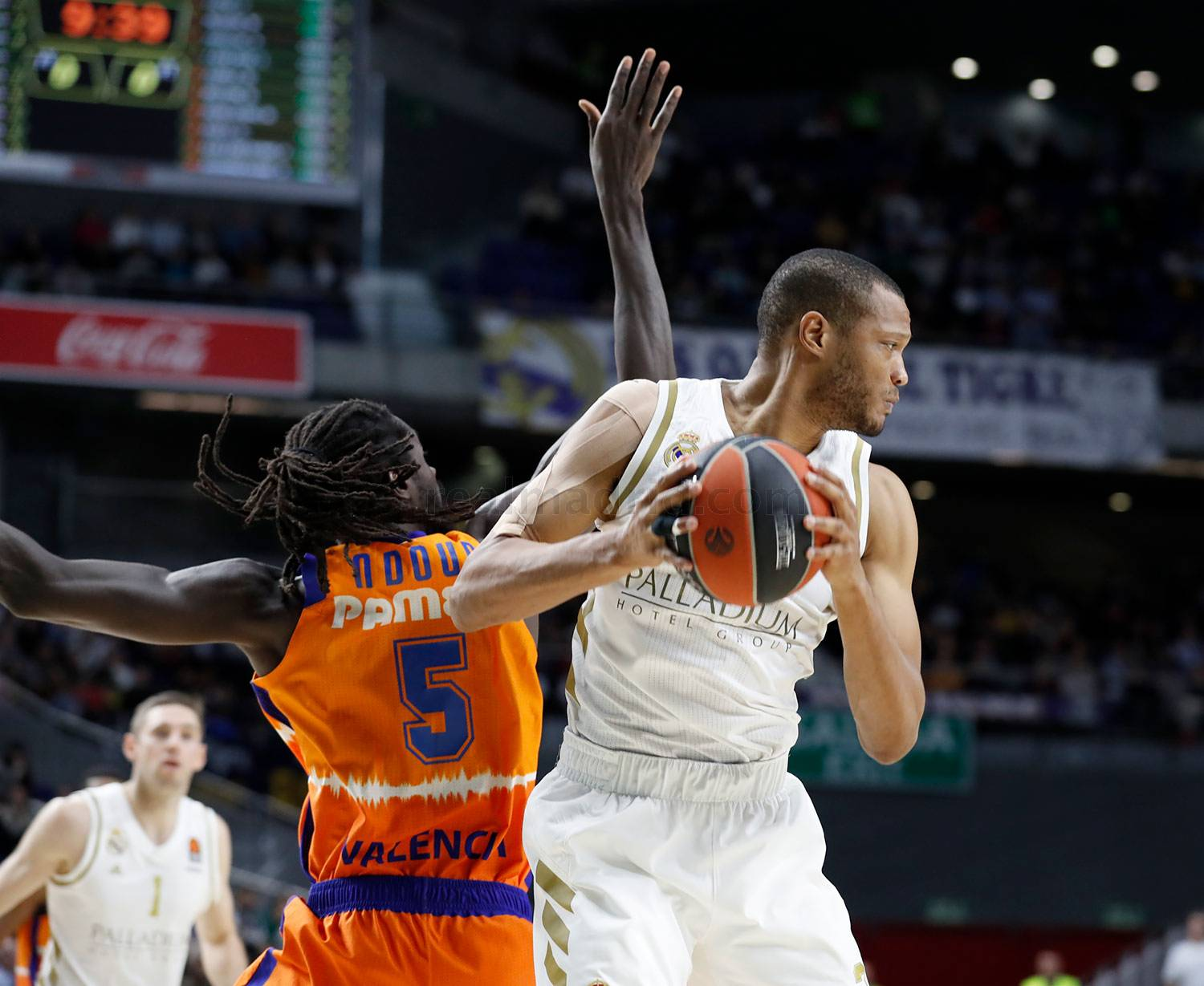 Real Madrid - Real Madrid - Valencia Basket - 05-12-2019
