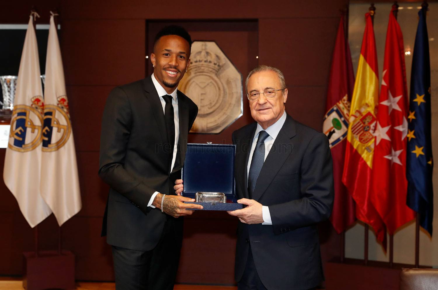 ¿Cuánto mide Eder Militao? - Real height _pca9505_20190710014041