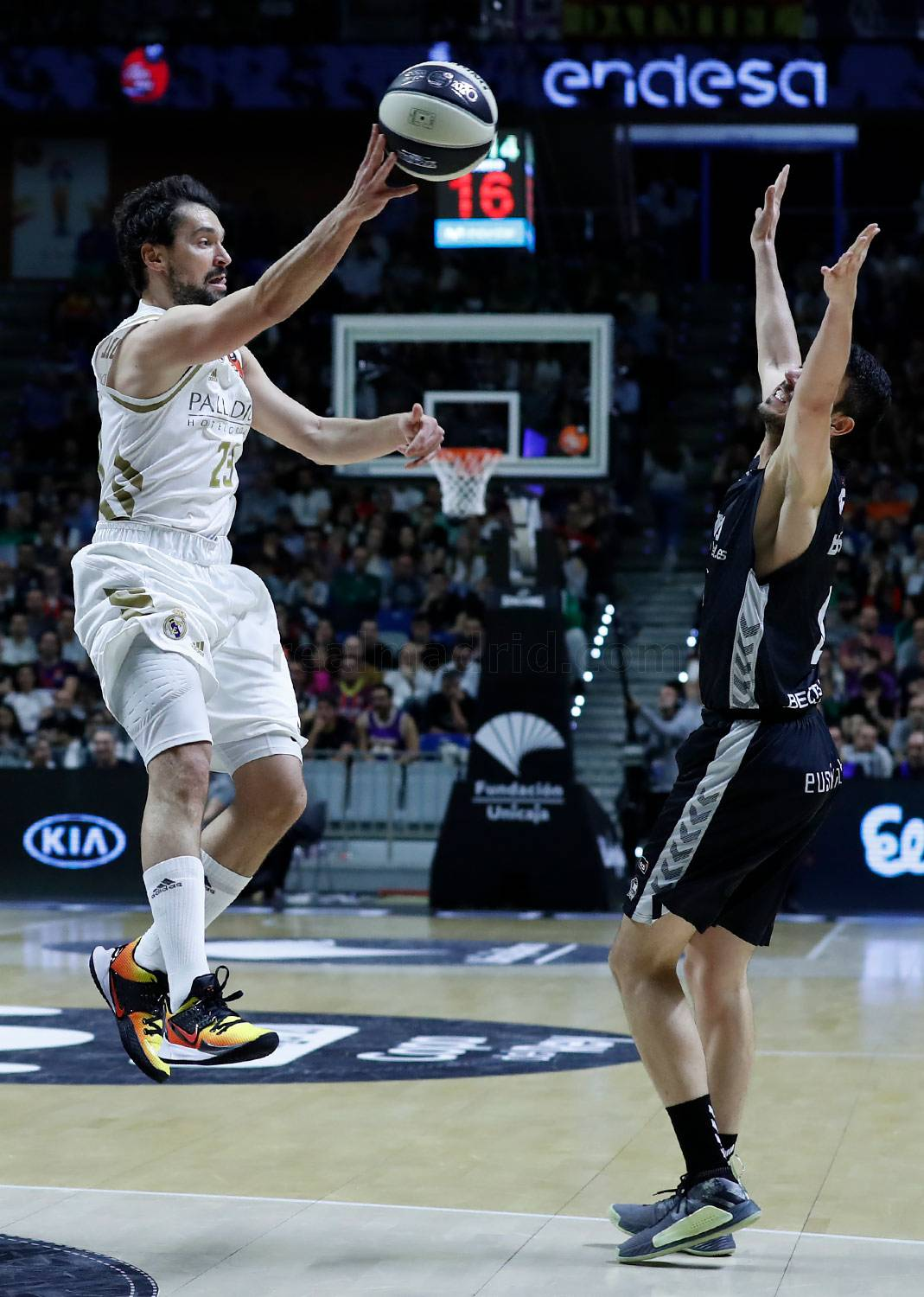 Real Madrid - Real Madrid - Retabet Bilbao Basket - 13-02-2020
