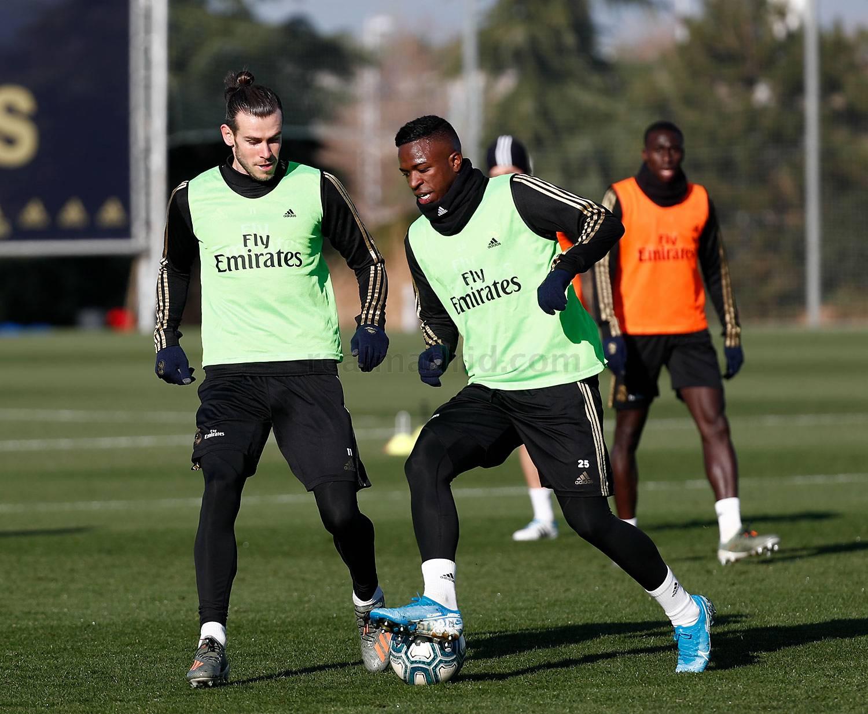 Bale y Vinícius, en la sesión del Real Madrid (Foto: RM).