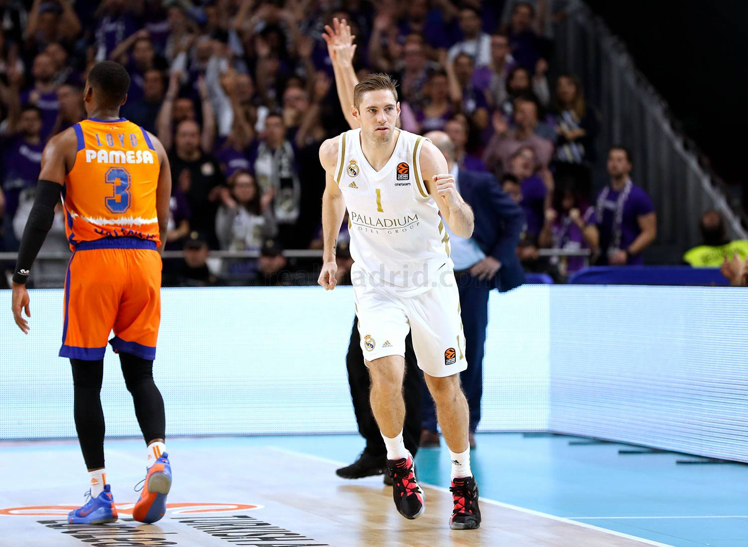 Real Madrid - Real Madrid - Valencia Basket - 06-12-2019