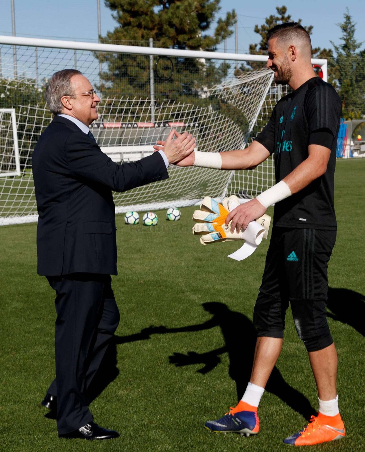 Foto: Florentino Peres bugungi mashg'ulotlariga tashrif buyurdi (+ video)