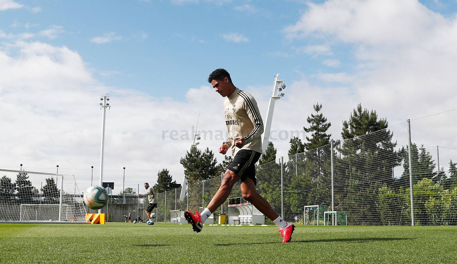 Real Madrid - Entrenamiento del Real Madrid  - 13-05-2020