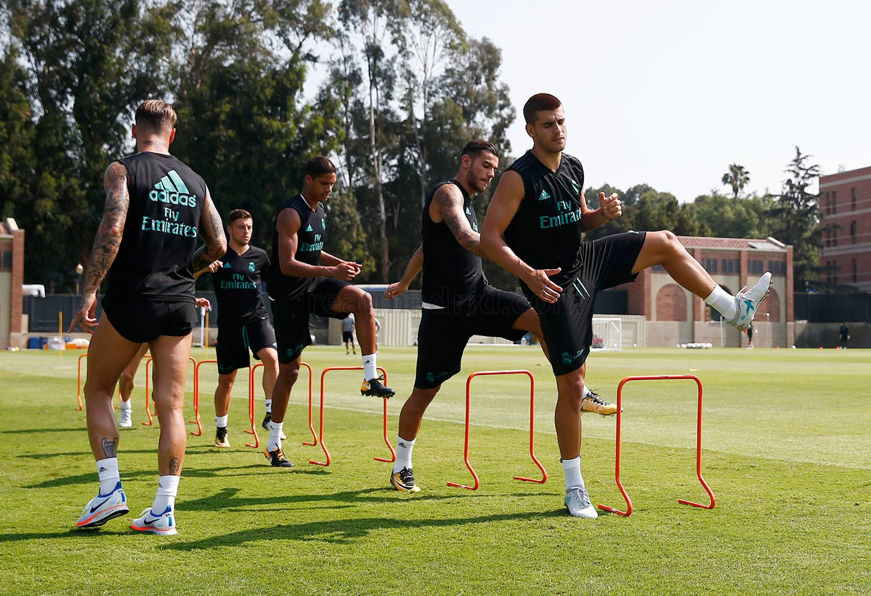 Real Madrid Training Real Madrid Cf