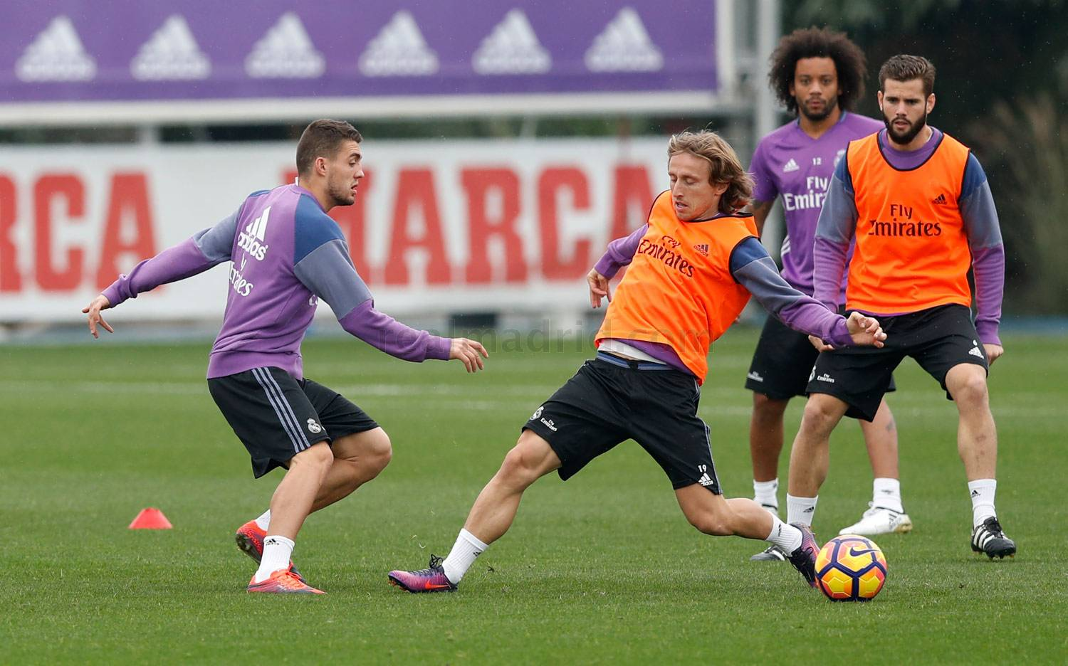 Real Madrid - Entrenamiento del Real Madrid - 04-11-2016